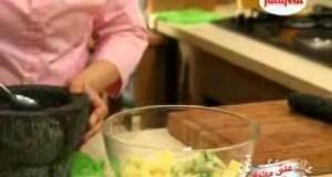 سلطة البطاطس مع البصل الاخضر تسلم الايادي2