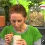 كوب الشوكولاتة الساخنة مشروبات الشتاء وطريقة طبخ الفاصوليا الجاف