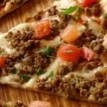 بيتزا باللحمة المفرومة – نجلاء الشرشابي