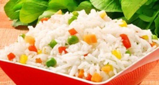 الأرز بالخضروات والمشروم من مطبخ منال العالم
